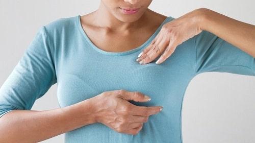 انواع ترشحات سینه و علائم و نشانههای آن شامل چه مواردی است