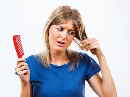 چرا کیست تخمدان باعث ریزش مو میشود؟