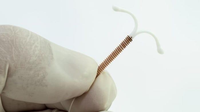 دستگاه داخل رحمی (IUD) برای پیشگیری از بارداری
